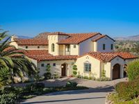 Stunning Luxury Estate With Large Outdoor Patio / Spa / Breathtaking Views!