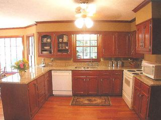 Stone Mountain house photo - Full kitchen with all the amenities of home.
