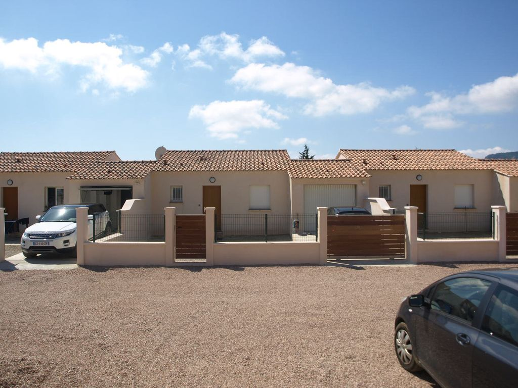 House 110 square meters, close to the sea , Afa, France