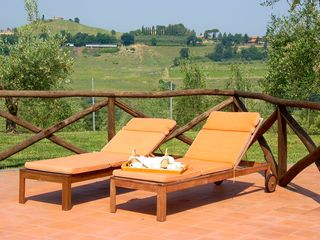 Rieti Province villa photo - Villa Domitilla & Sveva - Relax at the pool