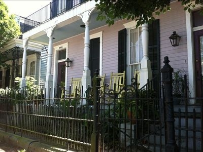 New Orleans apartment rental - Porch and rockers