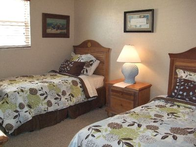 Second Guest Bedroom with Two Twin Beds