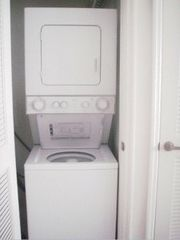 Venetian Bay condo photo - Washer/Dryer