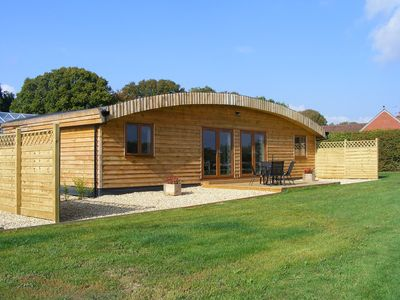 2 Luxury Lodges In Rural Vines Cross Nr. Heathfield East Sussex England - Meadow Lodge Sleeps 4 (2 Bedrooms)