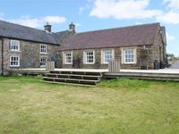 CURLEW COTTAGE, character holiday cottage in Longnor, Ref 23694