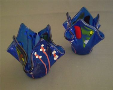 We offer a glass fusing class to make and take come a great memory