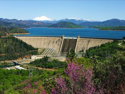 Shasta Lake, Dam, & Mountain aka: The Trinity.