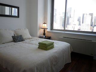 Midtown Manhattan apartment photo - master br