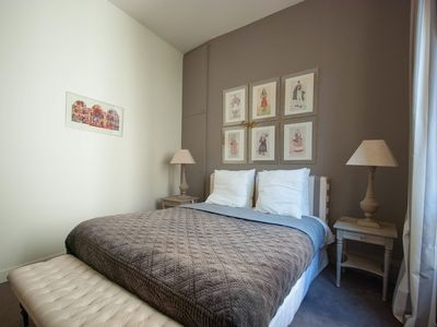 8th Arrondissement Champs Elysees apartment rental - .