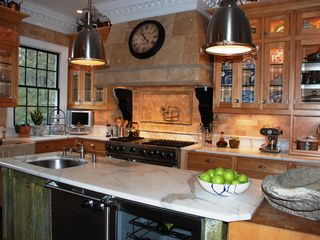 East Hampton house photo - Viking kitchen