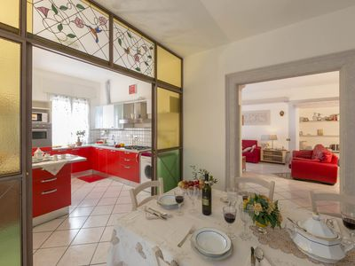 BELLARIA SUITE - Extra-roomy, light-filled, 2 terraces. View. 10-14 guests