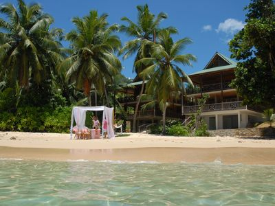 Exclusive holiday suites right on the beach with comfort and service