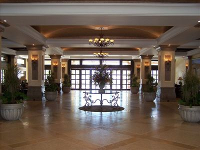 Beautiful 5 star Lobby with full concierge services