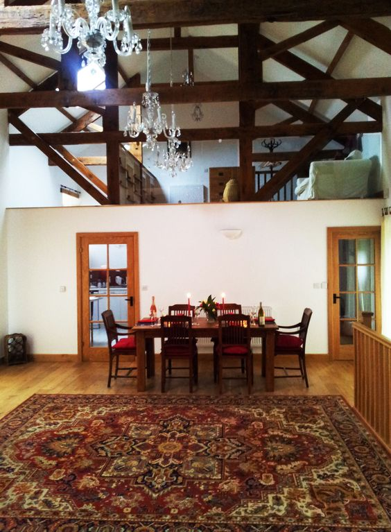 Another view of The Threshing Barn living area