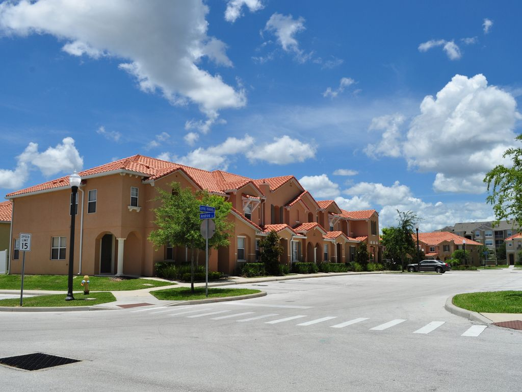 15 Miles from Disney Orlando Disney World  VRBO