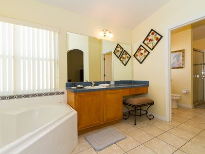 Spacious vanity and bath in master en-suite