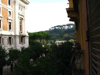 Villa Borghese & Parioli area apartment rental - View living room