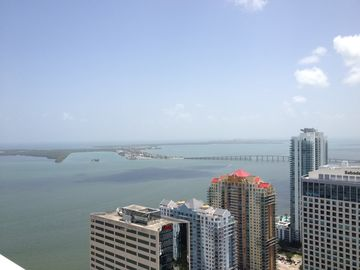 Brickell apartment rental - Amazing views to the Bay and....