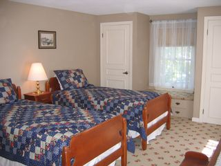 Brewster house photo - Twin Bedroom