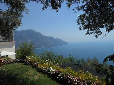 House with garden and amazing view of the Coast for 5 people with wifi