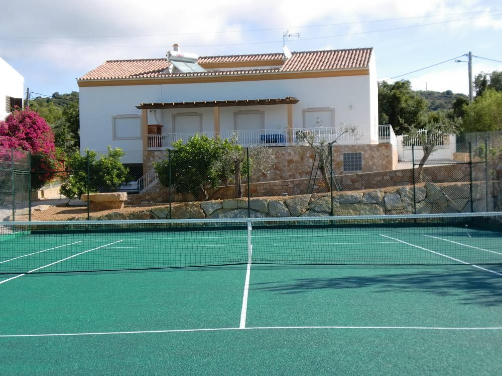 House, 220 square meters, with pool
