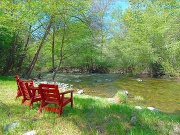 Carmel Valley cottage rental - Relax by the river!