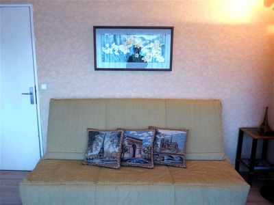 8th Arrondissement Champs Elysees apartment rental - This French 'Click-Clack' sofa easily makes into a comfortable double bed.