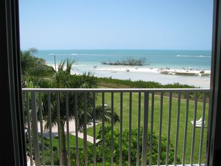 Fort Myers Beach condo photo - View straight off from the lanai