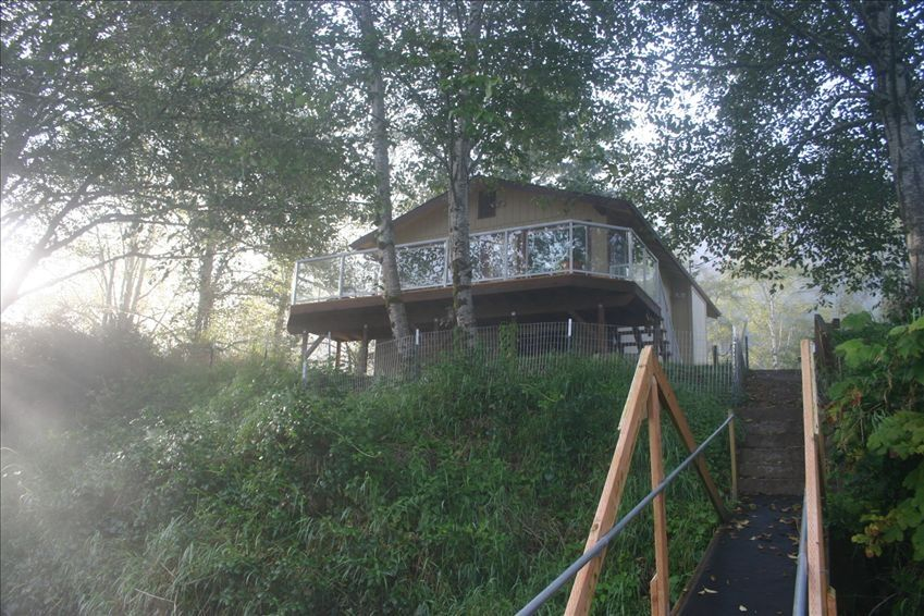 Siletz riverhouse stay at our peaceful vrbo for Siletz river fishing report