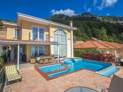 'Imagine Renting Your Own 5-Star Villa At A Bargain Rate With Sea Views'