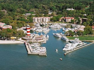 Sea Pines house photo - Close-by, world famous Harbour Town Yacht Basin