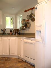 Edgartown cottage photo - Kitchen - Fully Stocked incl Fridge, Ice Maker, D/W, Oven, MicroW