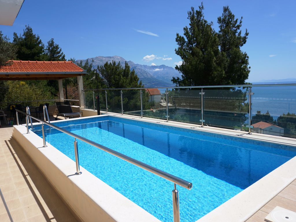 Stunning Views Swimming Pool Crystal Clear Vrbo