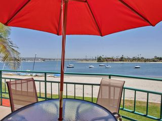 Mission Beach house photo - Spacious & comfortable furnished balcony