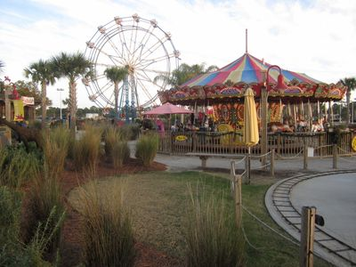 Some Pier Park amusement rides