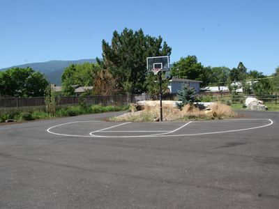Missoula house rental - Hoopville!