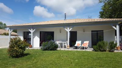 New house near La Palmyre, 2 km beach, wooded area and quiet, enclosed garden