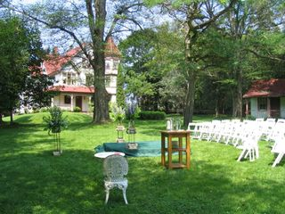 Georgetown house photo - Wedding Setup - Front Lawn