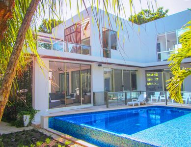 Private Luxury House, Hotel Resorts Access, Beach, Golf & Daily Maid Service!