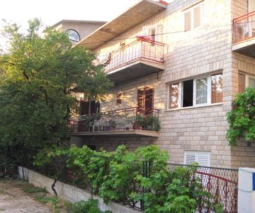 Vila Magdalena with Beautiful Terrace, 300m from the Sea