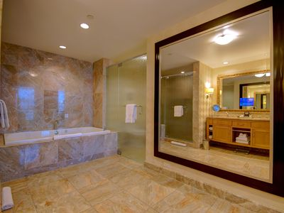 Giant mirror on both sides ensures that you look great from all angles! :)