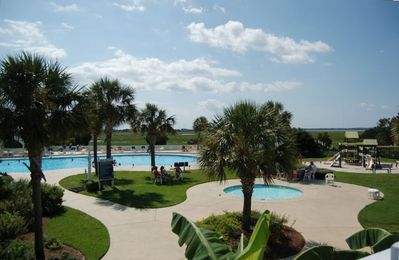 Swim & Tennis Club pools, tennis, fitness centers, and more FREE to our guests!
