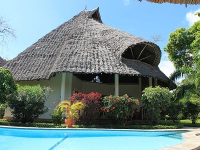 Dream villa with private pool a few minutes z.Strand, car, WLAN available, incl. persona
