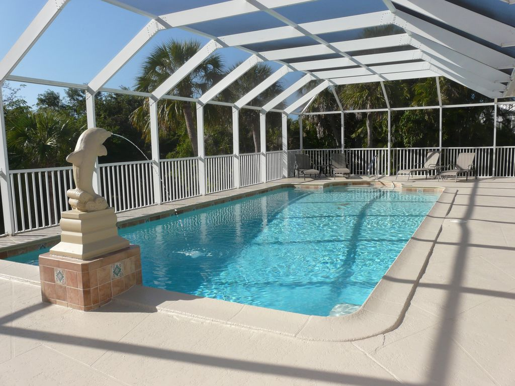 May 2015 1500 Enormous Pool Privacy 3 Vrbo