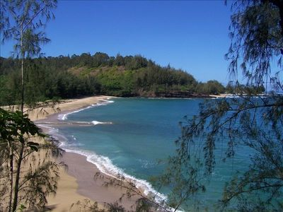 Hanalei bungalow rental - wainiha beach.. 1/4 mile from home