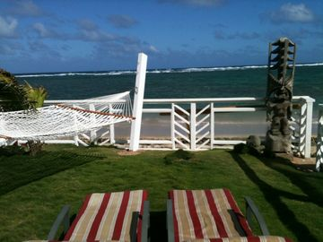 Hauula bungalow rental - Private yard with two person hammock and two chairs