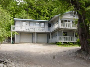 Ketchikan apartment rental - Almost Home Vac. Rental - Accommodates a Large Group or Family