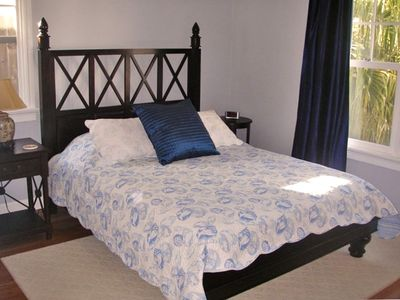 Santa Barbara house rental - Master Bedroom w/ Queen Bed
