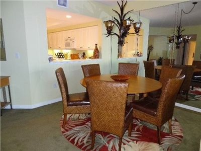 Spacious dining for 6; great for entertaining