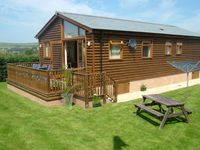 Luxury Holiday Lodge - located just behind the sand dunes of Croyde Bay